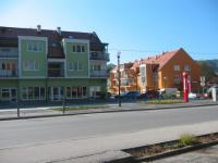 Nova trgovina, poslovno-stanovanjski in stanovanjski objekti v centru Dobrne
